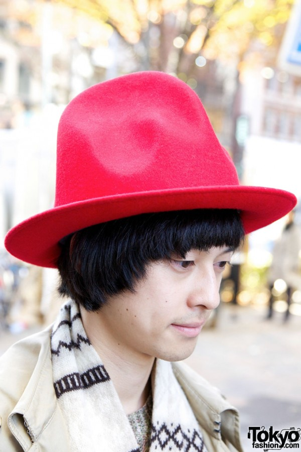 Harajuku guy with wide-brimmed red hat