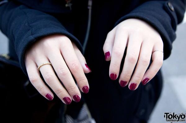 Small ring & red nails in Harajuku
