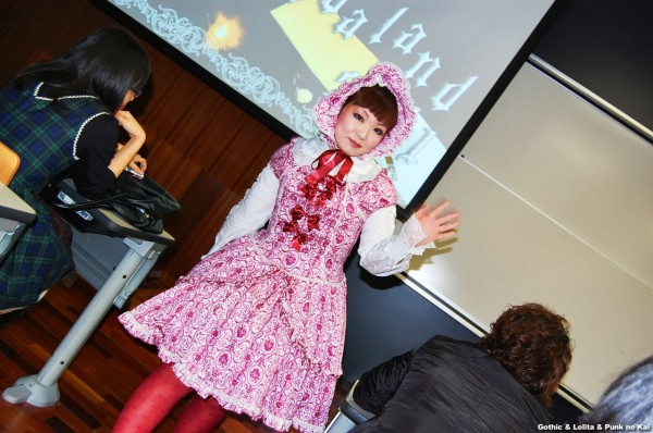Gothic Lolita Punk no Kai Fashion Show (5)