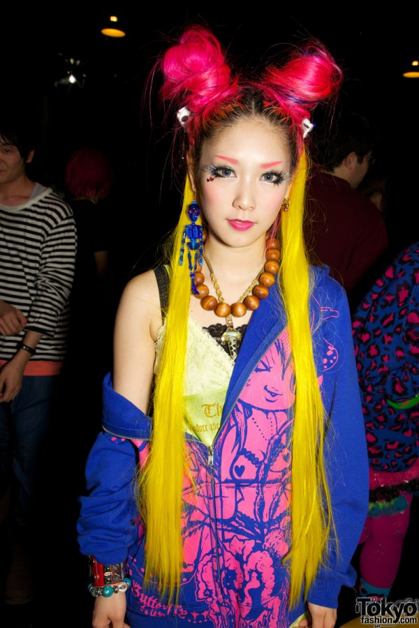 Pop N Cute by Harajuku Fashion Walk Street Snap (8)