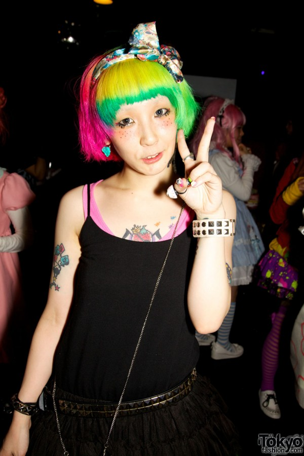 Pop N Cute by Harajuku Fashion Walk Street Snap (4)
