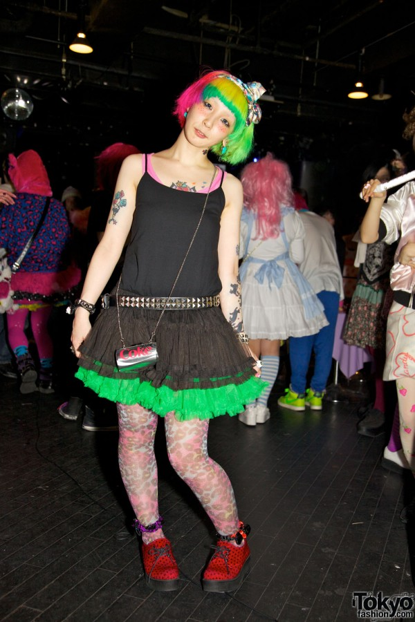 Pop N Cute by Harajuku Fashion Walk Street Snap (3)