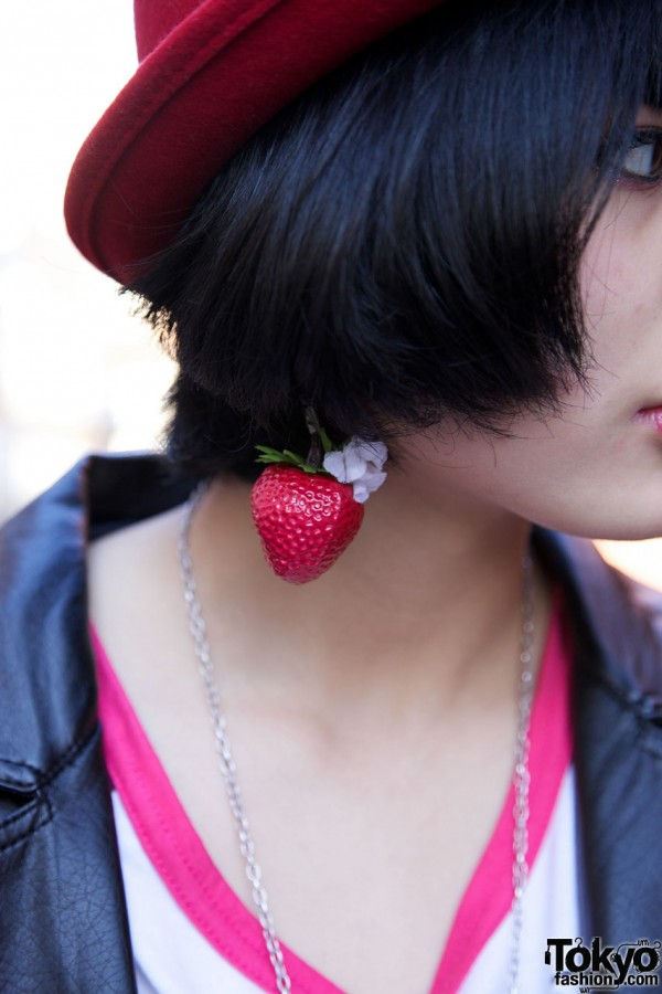Strawberry earring in Harajuku