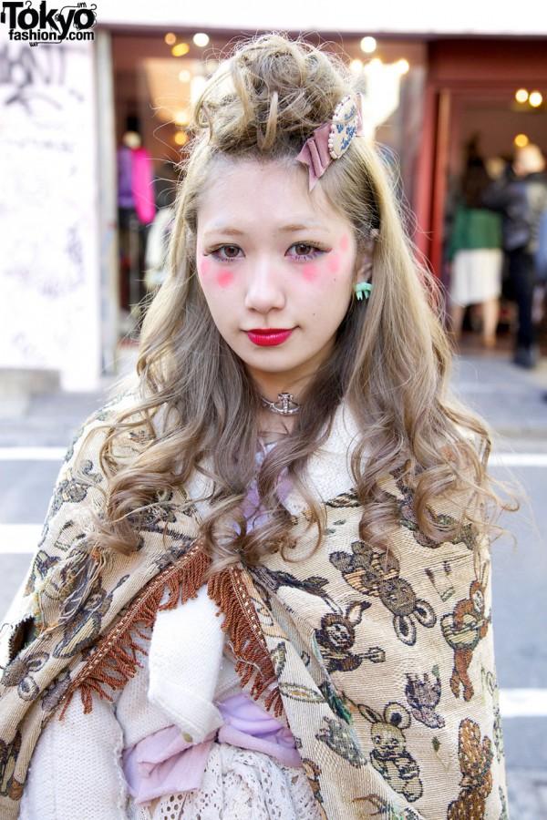Vintage Shawl & Harajuku Hair & Makeup