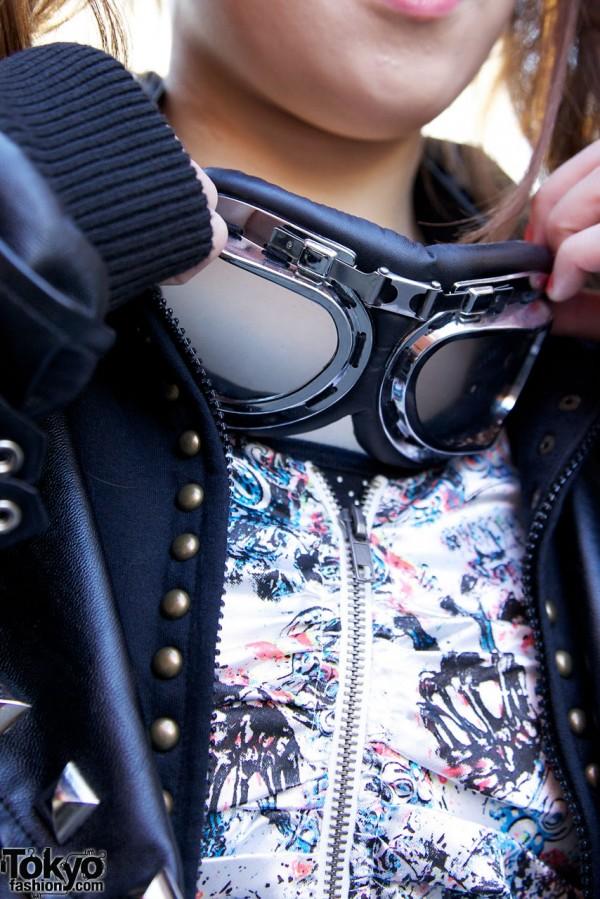 Resale goggles & Glad News dress in Harajuku