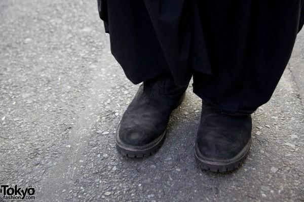 Sarueru pants & suede shoes in Harajuku