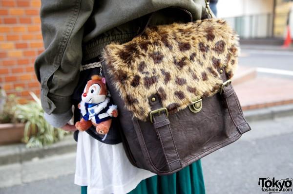 E hyphen world gallery plush & leather purse