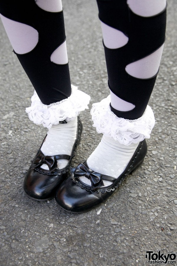 Ruffle Socks & Bow Shoes in Harajuku