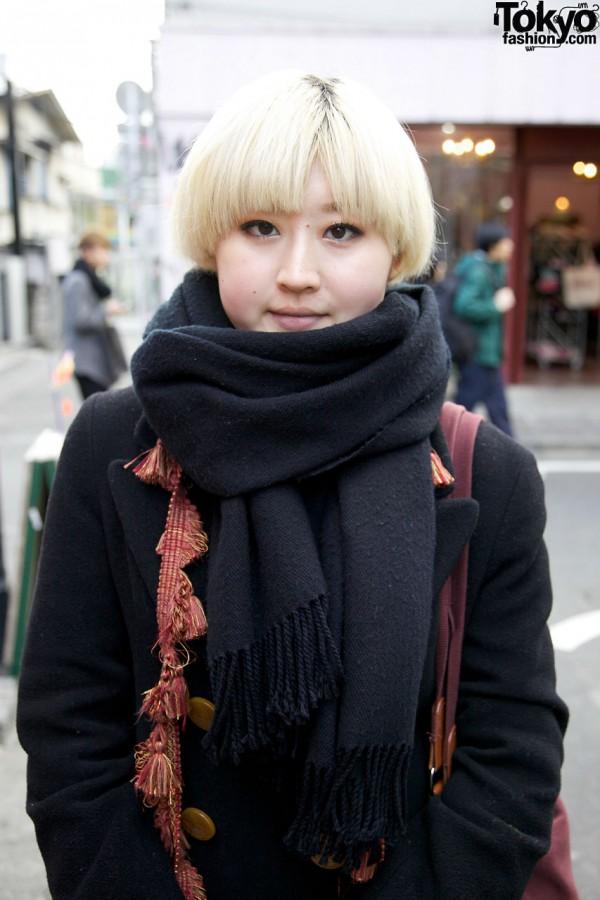Harajuku girl's blonde bob & black fringed scarf