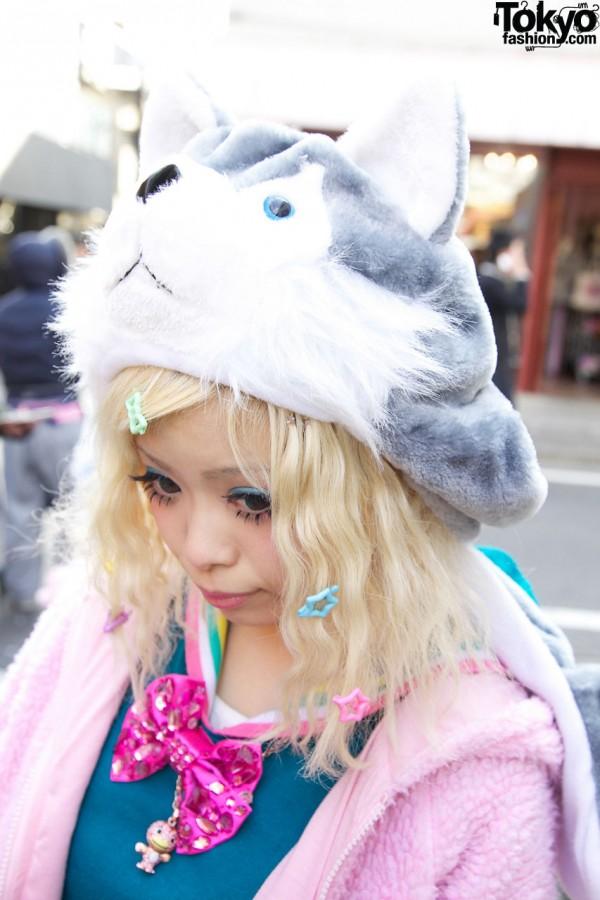 Cat Head Hat & Cute Hair Bows in Harajuku