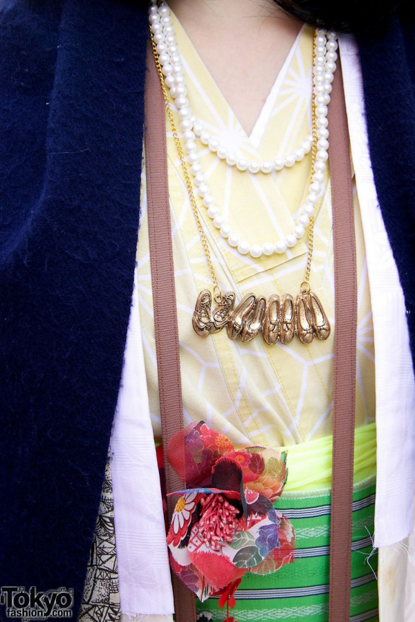 Pearls & shoe necklace in Harajuku