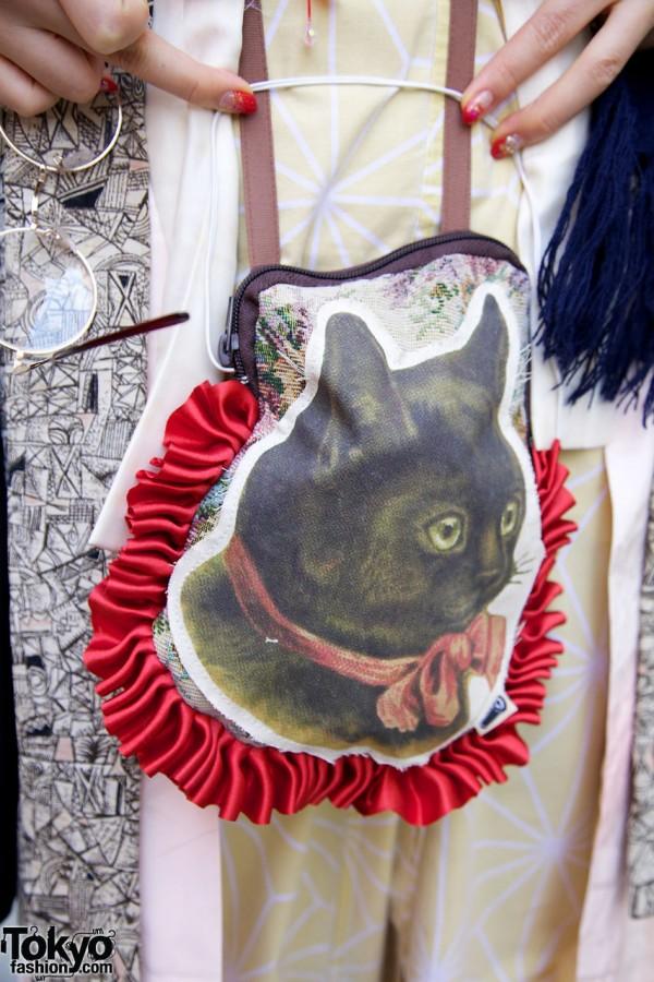 Cat image on purse in Harajuku
