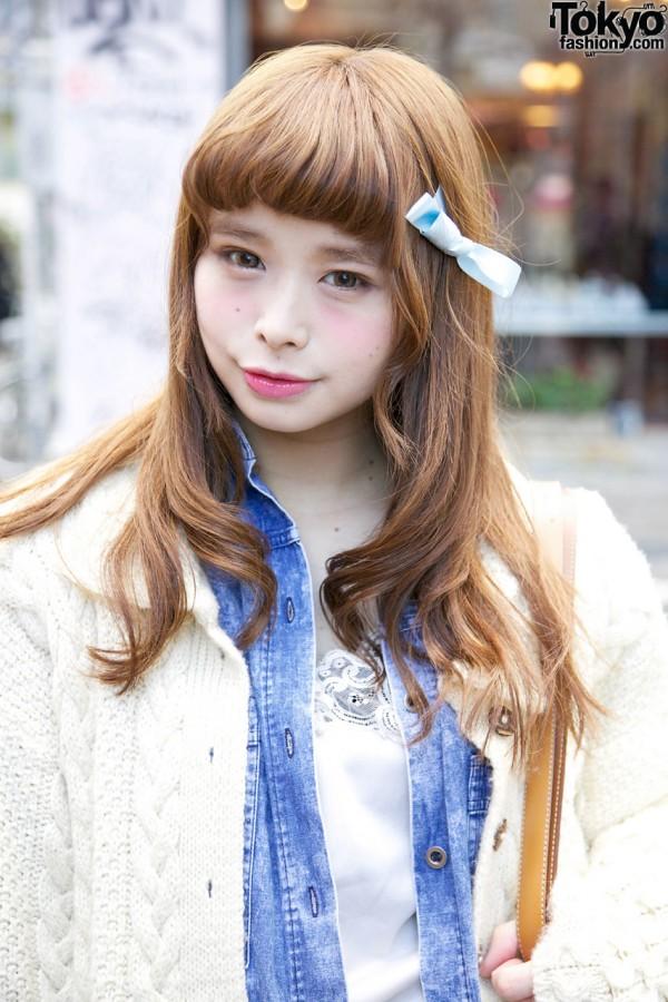 Sakura's Cute Hairstyle & Bow