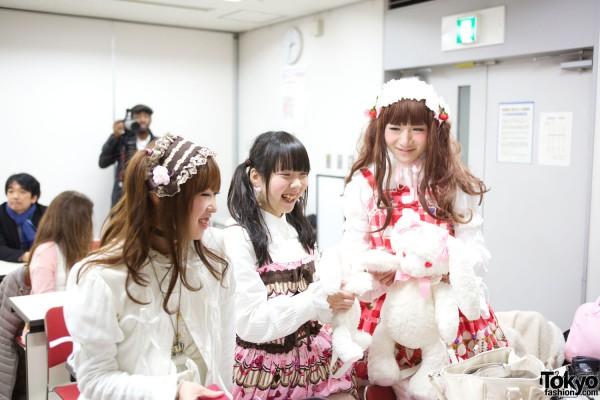Japanese Lolita & Harajuku Styles Fashion Show & Talk – Pictures & Video