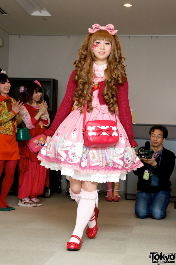 Japanese Lolita & Harajuku Fashion Show (23)