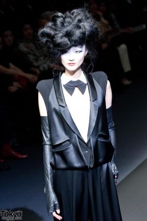 Hiroko Koshino 2012 A/W (2)