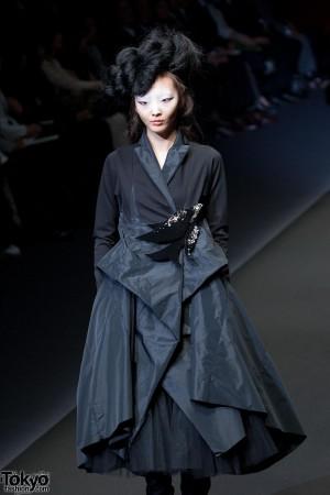 Hiroko Koshino 2012 A/W (26)