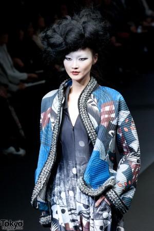 Hiroko Koshino 2012 A/W (124)
