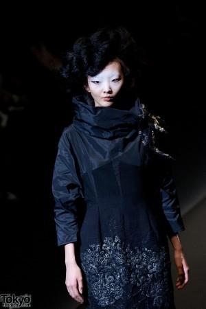 Hiroko Koshino 2012 A/W (151)