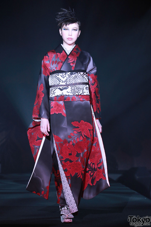 Jotaro Saito 2012 A W 9 Tokyo Fashion News