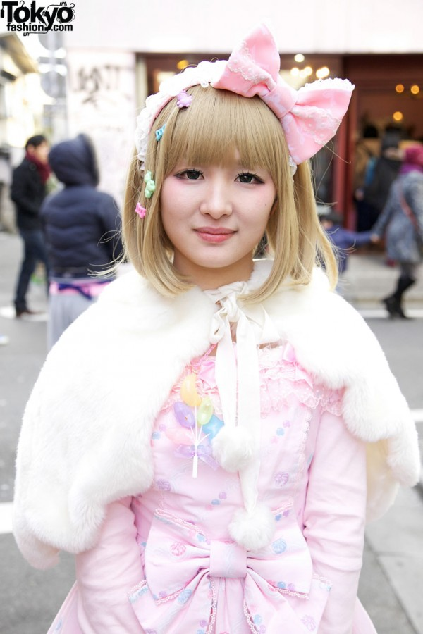 Angelic Pretty fur cape in Harajuku