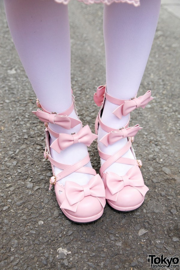 Pink Angelic Pretty sandals w/ multiple bows