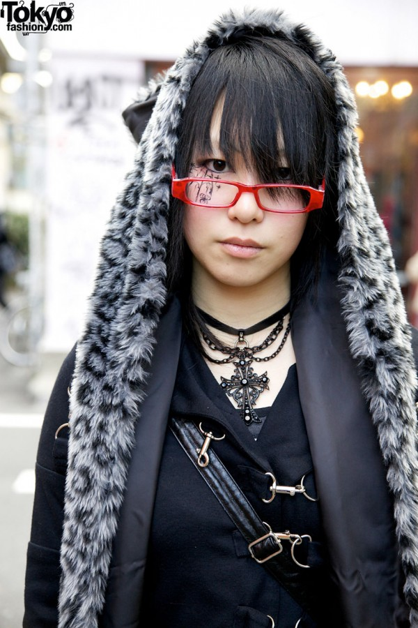 Gothic Eye Makeup & Stigmata Jacket