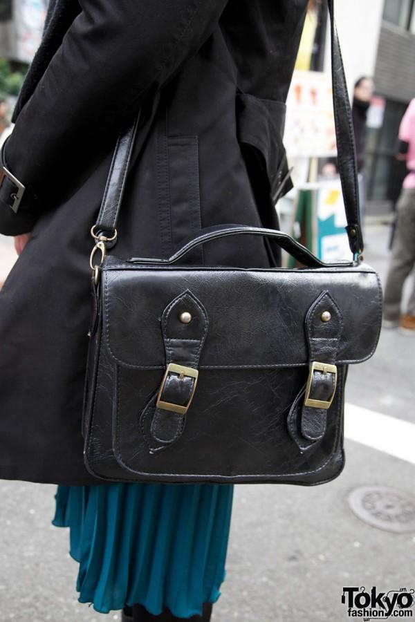 Leather satchel purse in Harajuku