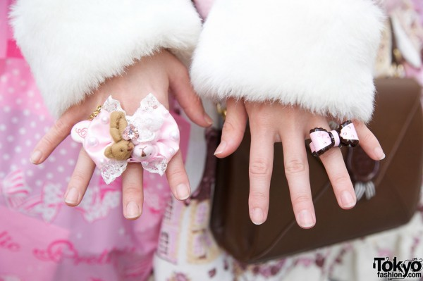 Angelic Pretty bow rings in Harajuku