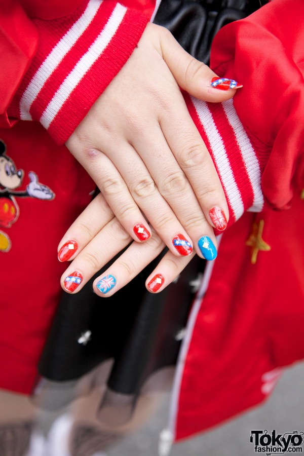 Red & Blue Japanese Nail Art