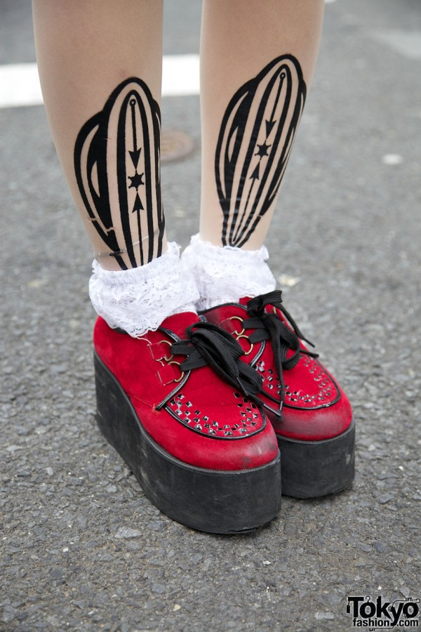 Vive Vagina Tights & Red Creepers