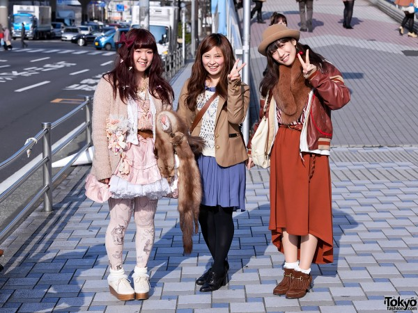 Tokyo Girls Collection Street Snaps 2012 S/S (95)