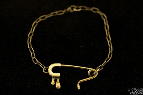 Alice Black Japanese Jewelry A/W 2012 (27)
