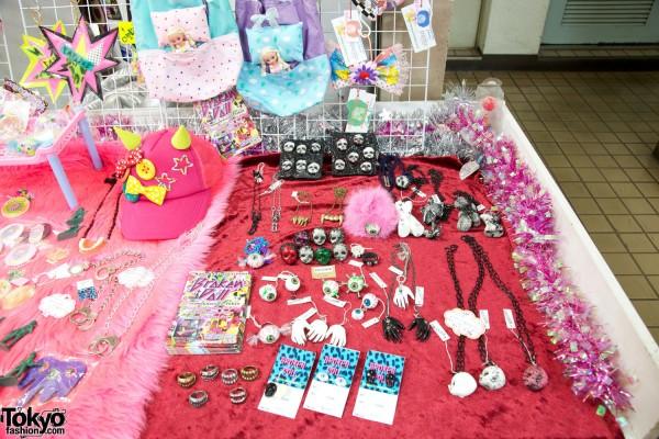Broken Doll Japan – Indie Fashion Brand, Rock Band, and Tokyo Shop