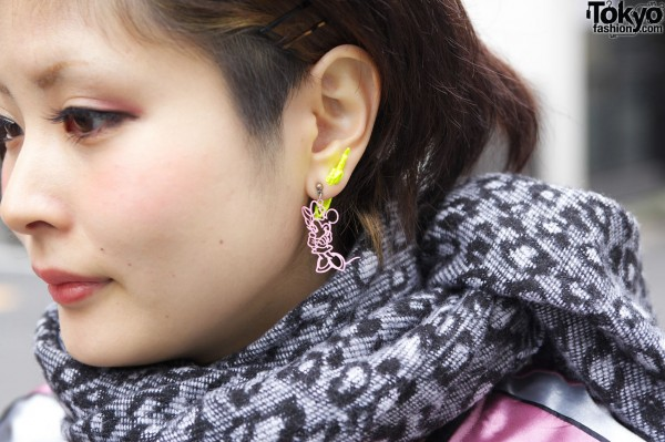 Minnie Mouse earring in Harajuku
