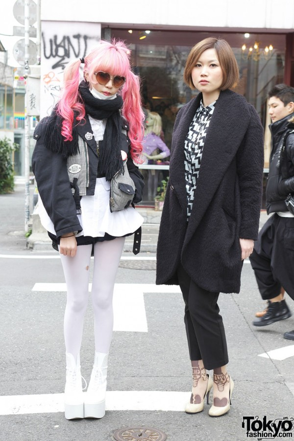 Juria Nakagawa & Mai w/ Pink Hair & Avantgarde Harajuku Tights