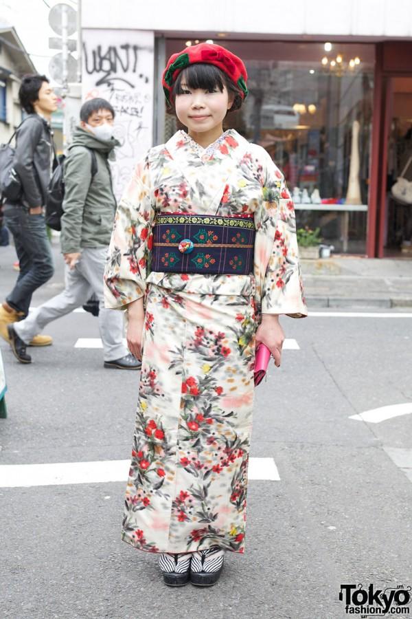 Tokyo135 Kimono & Cute Bow Beret