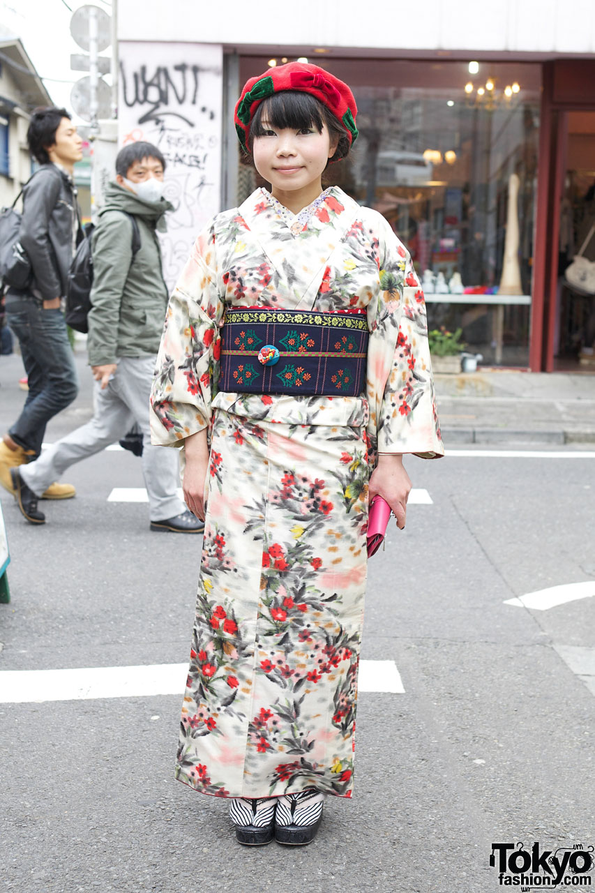 japanese girl wearing kimono - photo #15