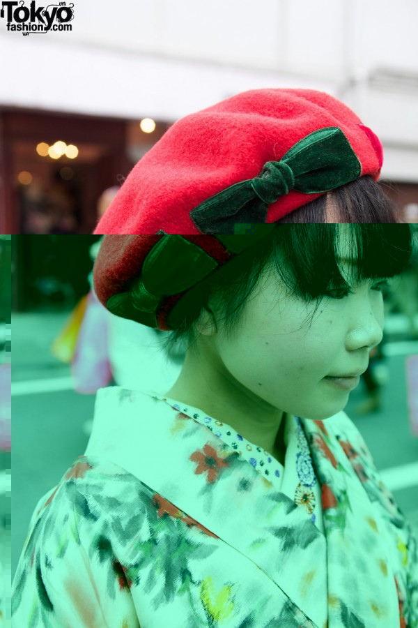 Cute Bow Beret in Harajuku