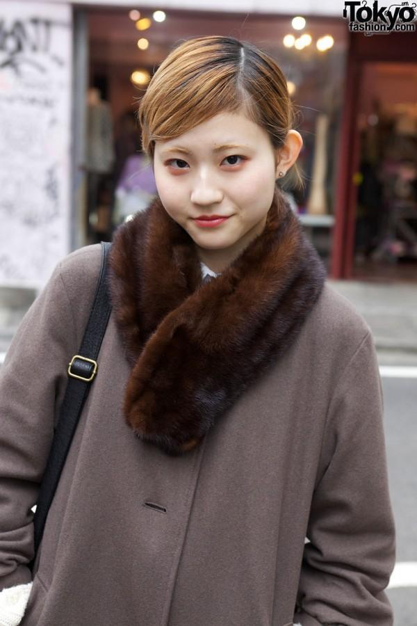 Used coat w/ fur collar in Harajuku