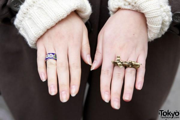 Enamelled ring & double ring w/ birds