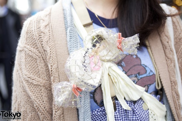 Handmade MXE Lace Corsage in Harajuku