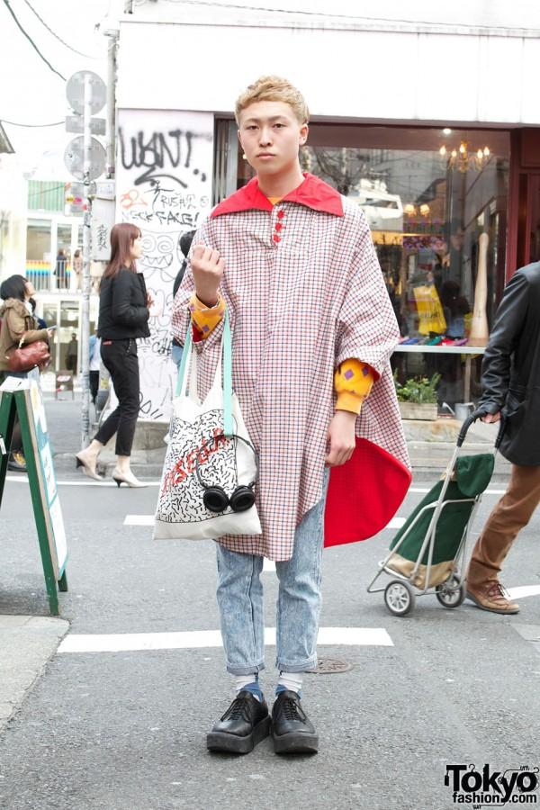 Harajuku Guy's OTOE Poncho, Stonewashed Jeans & Kinsella Tote