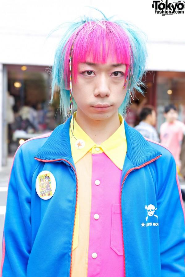 Junnyan's Pink & Blue Hair in Harajuku