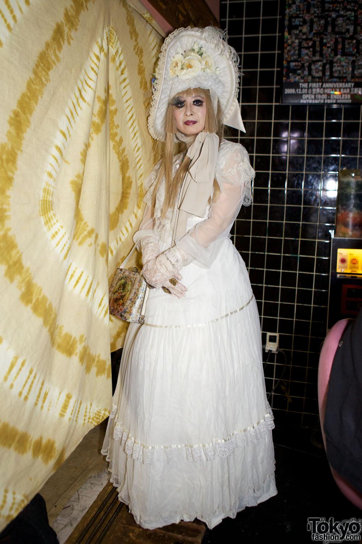 Japanese Lolita Fashion at Heavy Pop