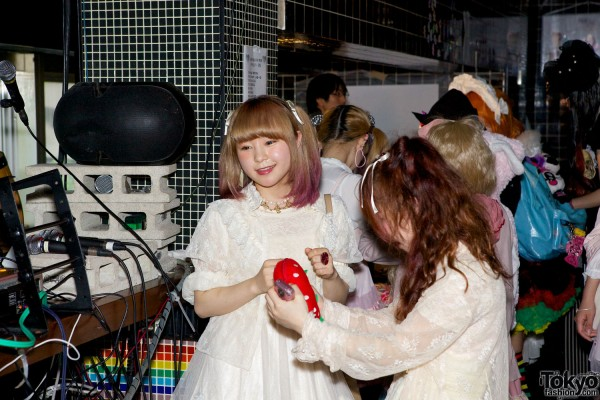 Kawaii Tokyo Fashion & Music at Heavy Pop 3 (2)