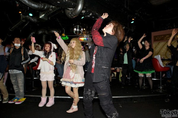 Kawaii Tokyo Fashion & Music at Heavy Pop 3 (10)