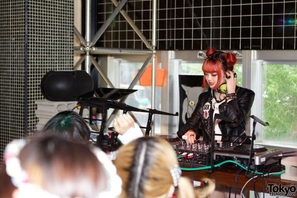 Kawaii Tokyo Fashion & Music at Heavy Pop 3 (16)