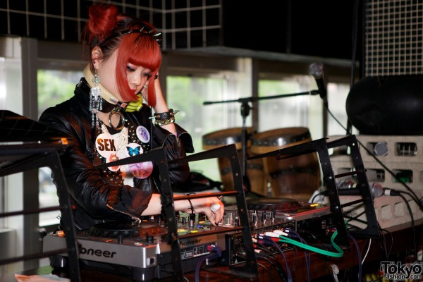 Kawaii Tokyo Fashion & Music at Heavy Pop 3 (17)