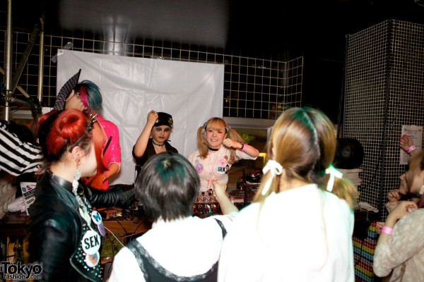 Kawaii Tokyo Fashion & Music at Heavy Pop 3 (42)